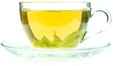 ชาเขียวในถ้วยแก้ว