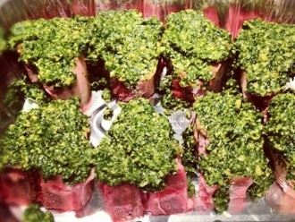 Lamb Loin Chops กับ Paleo Pesto สด