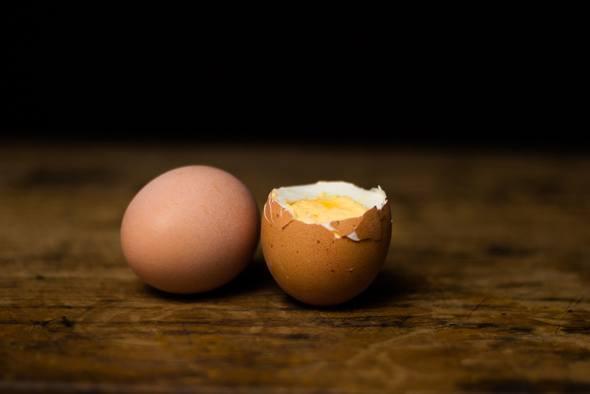 ไข่ต้มสองฟอง